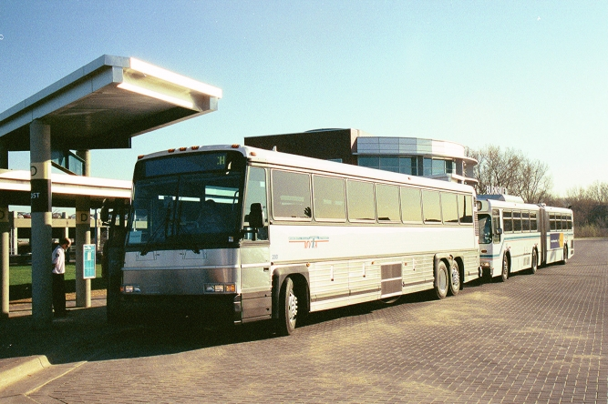 2001 MVTA early coach bus at burnsville transit station